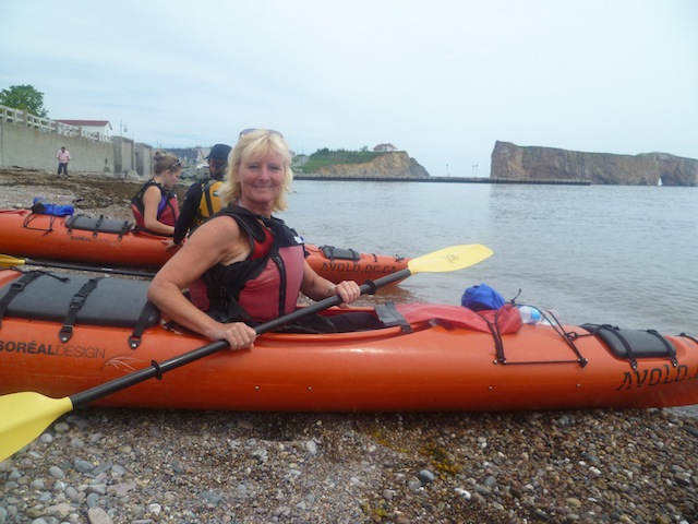 gaspesie-rocher-percé-kayak-3
