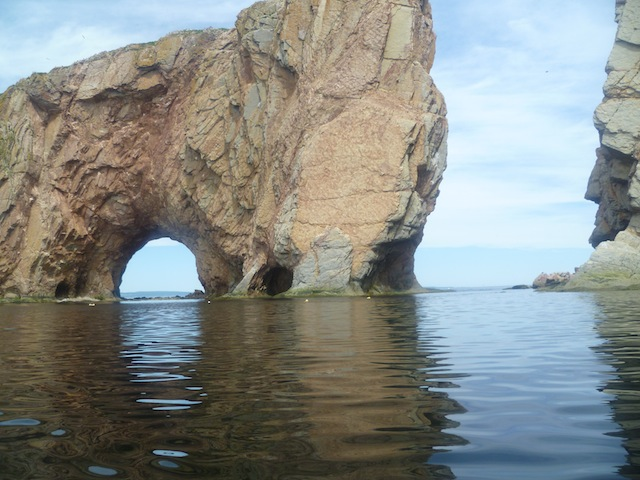 gaspesie-rocher-percé-kayak-8