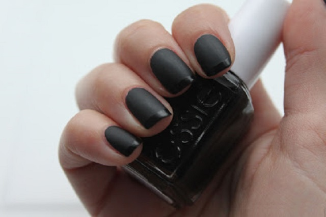 essie-matte-about-you-before