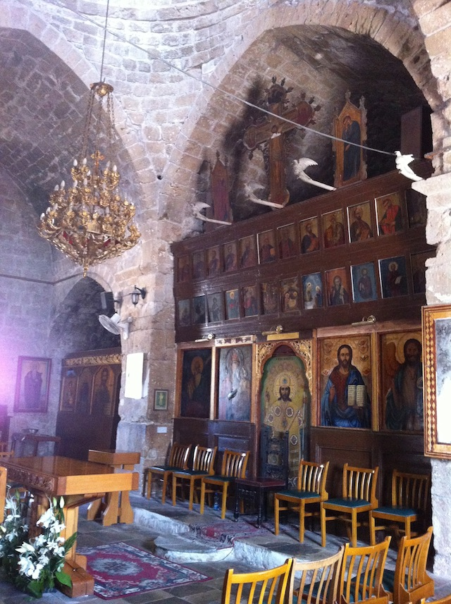 The church of Agia Kyriaki Chrysopolitissa interior