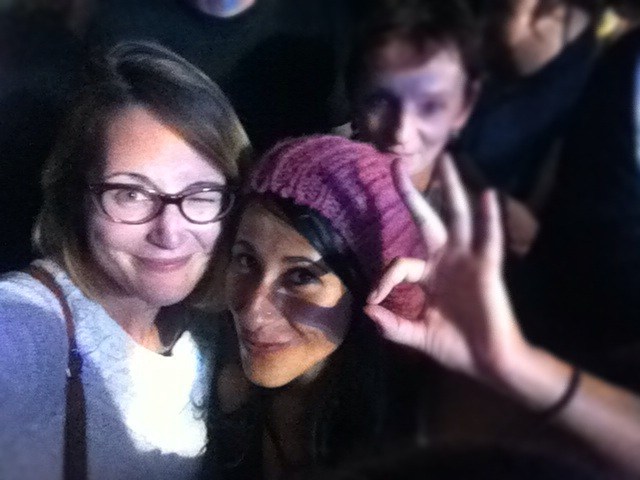 lolo et jamila au concert de lilly wood and the prick