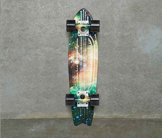 Globe - Skateboard 23 pouces - urban outfitters