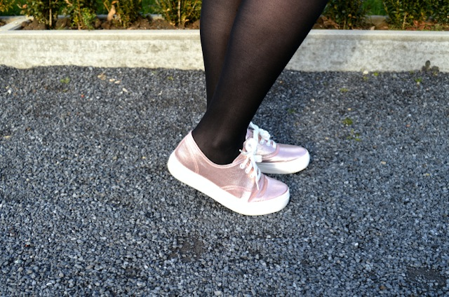 outfit of the day - pink sparking shoes