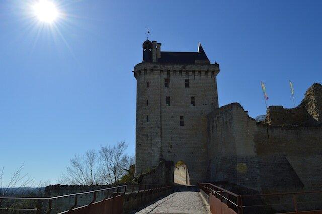 chinon la forteresse