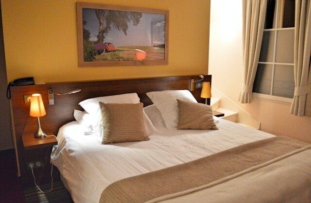 lit - hotel monts damnés