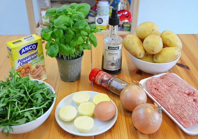 Stoemp-roquette-tomates-sechees-boulettes-italiennes-1