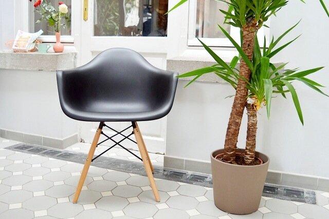 diiiz meubles design prix d 39 usine la fille du quatri me. Black Bedroom Furniture Sets. Home Design Ideas