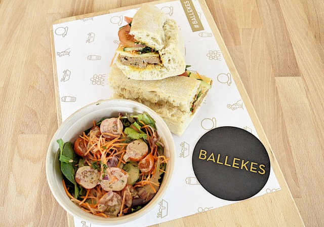 ballekes-bruxelles-authentic-belgian-meatball-13